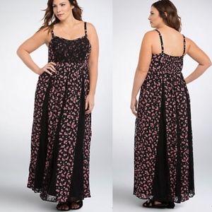 torrid Floral Lace Insert Maxi Dress Black & Pink